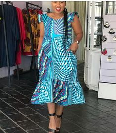 Beautiful Ankara short gown ideas we have for you is the most trending and stunning styles you should try out. Ankara Wedding Styles, Ankara Long Gown Styles, Ankara Short Gown, Short Gowns, Ankara Gowns, Ankara Dress, Ankara Styles, Ankara Blouse, Ankara Designs