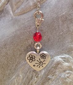 Hand crafted pendant heart with motifs, crystal bead ruby red by MoniceBoutique, €4.00