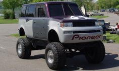 Lifted Scion xB This is what i want my xB to look like but