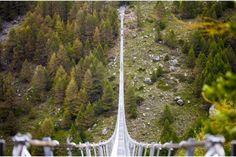 La plus longue passerelle suspendue du monde. 2017