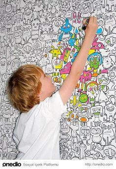 Bunlar kullan at boyama duvar kağıdı, çocuk boyasın, oynasın sonra yenile.