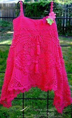 Une tunique faites de 4 carrés : je vous propose cette très belle tunique réalisé avec un coton fin mais le résultat est là