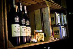 bar, bar wawa, bar warszawa, szampan, wino, jedzenie, smaczne jedzenie, alkohol, trunki, bąble, czerwone wino, białe wino