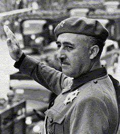 Despues de la Guerra civil en España, Francisco Franco toma el gobierno de España. Él es un dictador.