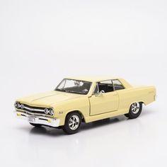Miniatura 1965 Chevrolet Malibu SS - Maisto - 1:24 - Machine Cult   A loja das camisetas de carro e moto