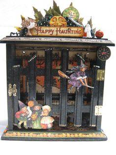 Happy Haunting Key Cabinet