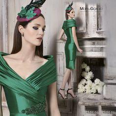 #Vestidodelasemana #comuniones #bodas #vestidocorto #escote #elegancia