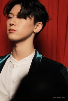 Attention, this is a Nct Smut (sexual) reactions of Nct/Wayv imagined as a mafia member. Sexual reactions will only be legal members for underage members! Wattpad, Mark Lee, Ten Chittaphon, Nct Ten, Fanfiction, Kpop Aesthetic, Winwin, Boyfriend Material, K Idols