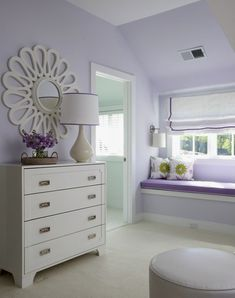 Quaint, soft lavender teen girl's bedroom. Get the look with Dunn-Edwards Hailstorm DE5925 for your walls.