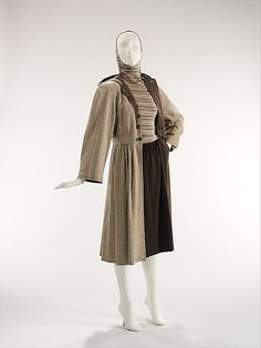 1946 wool and cotton ensemble by Claire McCardell who was a pioneer of American fashion. After studying at Parsons and living in Paris, she returned to America to design functional, affordable clothes for the American woman. Her simple use of natural fabrics, such as cotton, denim, and wool combined with flattering silhouettes filled a vacancy in women's fashion.