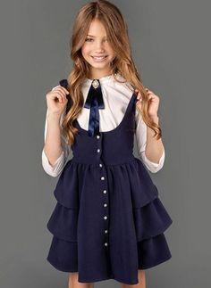 New sewing baby girl clothes buttons 27 ideas Kids Winter Fashion, Kids Fashion, Dresses Kids Girl, Kids Outfits, Children Dress, School Uniform Fashion, School Dresses, Young Fashion, Baby Girl Fashion