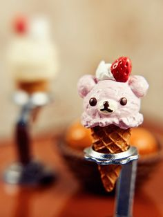 Teddy bear ice cream cone - so cute!