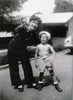Dustin Hoffman and his mom