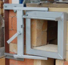 Center pin hinged fire door developed by Paul Stubbs, UK. Ceramic Tools, Ceramic Clay, Metal On Metal, Pottery Kiln, Raku Kiln, Wood Kiln, Welding And Fabrication, Fire Doors, Rocket Stoves