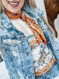 Cowgirl Style Outfits, Western Outfits Women, Country Style Outfits, Southern Outfits, Western Wear For Women, Outdoor Party Outfits, Boho Fashion Fall, Western Style, Paisley Print