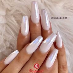 Wonderful Long White Nail Designs to Show Off in 2019 : Page 15 of 29 : Creative Vision Design – nageldesign. White Chrome Nails, Long White Nails, White Nail Art, Acrylic Nails Chrome, White Acrylic Nails With Glitter, White Stiletto Nails, White Coffin Nails, Crome Nails, Uñas Fashion