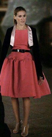 Beautiful Oscar De La Renta the Russian buys Carrie in season six of Sex and the City.