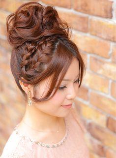 ツヤ編みこみカチューシャ風エアリーアップ 【hair coucou】 http://beautynavi.woman.excite.co.jp/salon/27661?pint ≪ #arrange #hairstyle・アレンジ・ヘアスタイル・髪形・髪型≫