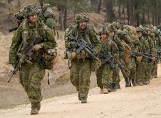 Canadian Soldiers, Canadian Army, Special Forces Of India, Tac Gear, War Film, Film Inspiration, Female Soldier, Military Gear, Modern Warfare