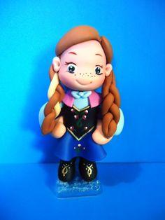 topo de bolo biscuit Anna Frozen