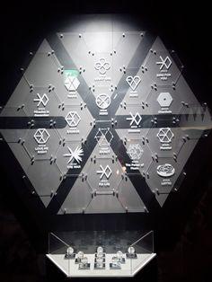 Exo is life Chanbaek, Exo Ot12, Kpop Exo, Suho Exo, Wallpaper Musica, Exo Lucky, Exo Anime, Exo Fan Art, Exo Lockscreen