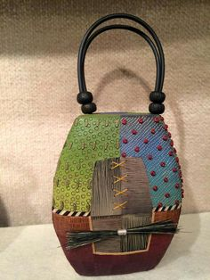 Kathleen  Dustin How about a purse like this?