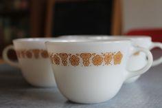 Vintage Set of 4 Pyrex Milkglass Gold Ochre by shanieandsallie