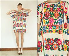 Vintage 70's Mexican Floral Embroidered Hippie Boho by Powdervtg