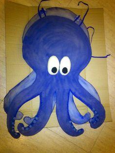 Oly Ria: enero 2014 Animal Costumes, Boy Costumes, Halloween Costumes, Rainbow Fish Costume, Projects For Kids, Diy For Kids, Mermaid Costume Kids, Sea Costume, Purple Day