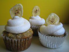 Brown Sugar Banana Cupcakes With Pineapple Buttercream