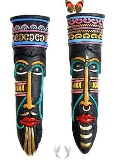 Pair of Terracotta African Masks Pair of Terracotta African Masks<br> African Art Projects, Clay Art Projects, African Crafts, Indian Crafts, Arte Tribal, Tribal Art, Mask Painting, India Painting, Ceramic Painting