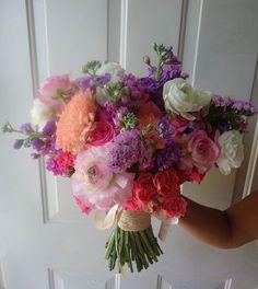 CBR232 Weddings Riviera Maya  bridal bouquet pastel colors coral pink and lilac / ramo colores pastel rosa, coral y lila