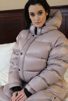 Winter Parka, Winter Jackets, Down Suit, Puffy Jacket, Cold Weather, Jackets For Women, Women's Fashion, Coat, Sparkle