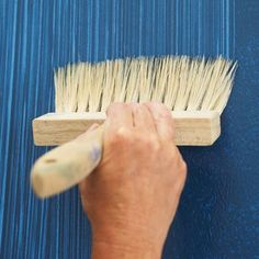 How to Create a Faux Fabric Effect With Paint - - With a little practice and a dry brush, you can create the look of textured wall coverings. Creative Wall Painting, Wall Painting Decor, Painting Furniture, Faux Painting Walls, Wall Painting Stencils, Painting An Accent Wall, Paint Decor, Creative Walls, Wall Art