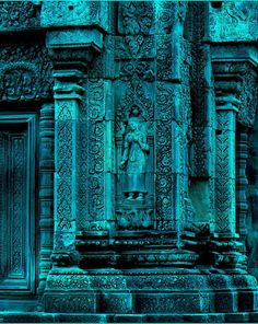 (via Pin by LauraH on Aqua/Turquoise Shades Of Turquoise, Bleu Turquoise, Teal Blue, Shades Of Blue, Turquoise Walls, Blue Art, 50 Shades, Tiffany Blue, Cyan