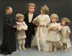 Schoenhut Wedding Party Here Come the Vintage Brides! 5 Great Antique and Vintage Bride Dolls Old Dolls, Antique Dolls, Vintage Dolls, Dollhouse Dolls, Miniature Dolls, Bride Dolls, Bisque Doll, Wooden Dolls, Boy Doll