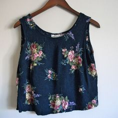 90s Vintage Crop Top Navy Blue Pink Rose Print (S - M)