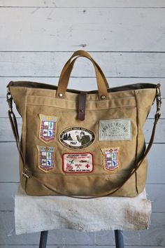 1960's era Boyscout Pack Weekender--would love a bag like this to carry meeting stuff.