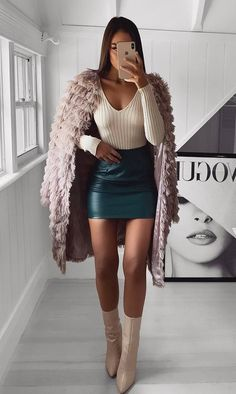 30 flirty outfits that are perfect for Valentine& Day # fashionlife . - 30 flirty outfits that are perfect for Valentine& Day # fashionlife - Nude Outfits, Outfits Casual, Winter Fashion Outfits, Classy Outfits, Fall Outfits, Night Outfits, Dress Outfits, White Leather Skirt, Leather Mini Skirts