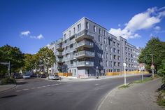 Vorderfassade Wohnkomplex Brehmestr in Berlin Pankow