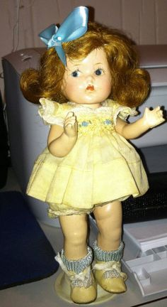 VINTAGE VOGUE GINNY DOLL STRUNG COMPOSITION TODDLES