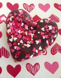 Dunkin Donuts Valentine's donut #dunkindonuts #hearts #heartscollection #heartshapedfood via neversaydiebeauty.com