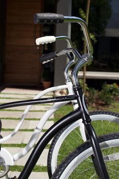 Twice Guest House: Free Schwinn bicycles to explore our beautiful town. (Bed and Breakfast in Stellenbosch South Africa).