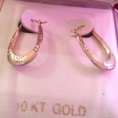 10KT Oval Hoop earrings Beautiful 10 KT Gold oval hoop earrings. Never worn. Made in Israel JCPenney Jewelry Earrings