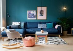 Discover recipes, home ideas, style inspiration and other ideas to try. Room Paint Colors, Paint Colors For Living Room, Modern Living Room Paint, Salon Design, Sweet Home, Couch, Salon Ideas, Furniture, Home Decor