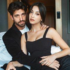 Turkish Women Beautiful, Turkish Men, Turkish Actors, Cara Delevingne Hair, Cute Love Couple, Blackpink Jisoo, Celebs, Celebrities, Bff