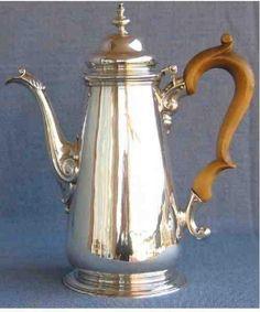 coffee pot Thomas Whipham 1745/6