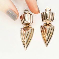 Boucles d'oreilles vintage flèche dorée, 80's triangle