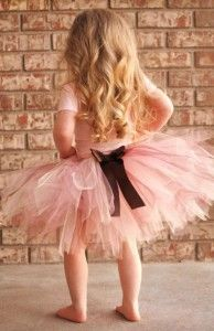DIY Tulle Skirt | TheWHOot... how cute would this look!!