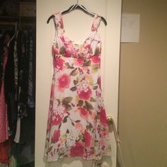 Summer Dress Floral dress perfect for a tea party, or summer night date! Dresses Asymmetrical